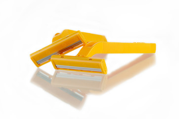 twin razor and white background