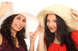 Frauen mit großen Hüten