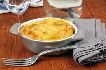 Ramequin de pommes de terre gratinées au four