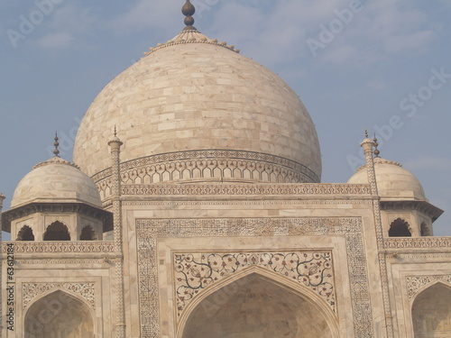 Dome et ornements taj mahal