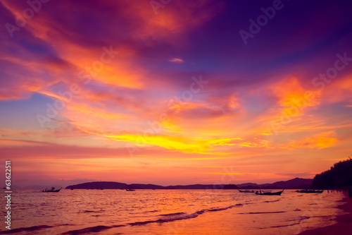 Poster Oranje eclat Tropical sunset