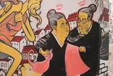 Graffiti shows the talking portuguese grandmother