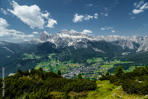 Cortina di A'mpezzo and mountains 3
