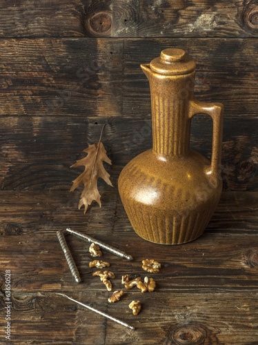 Weathered still life image.