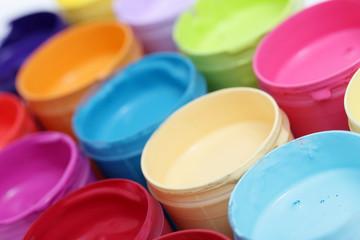 Farbdosen