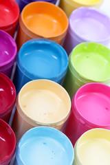 Bunte Farben
