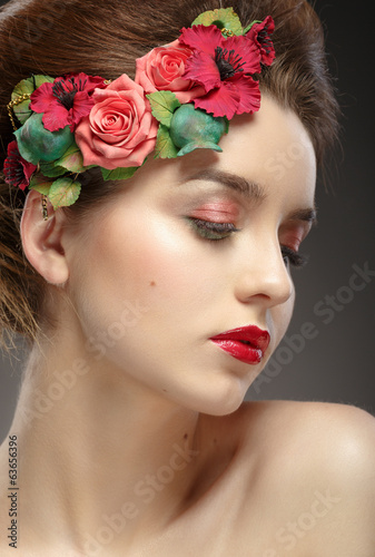 Beauty portrait of beautiful girl with colorful fashion make up.