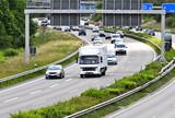 Miejski ruch drogowy - 63679760