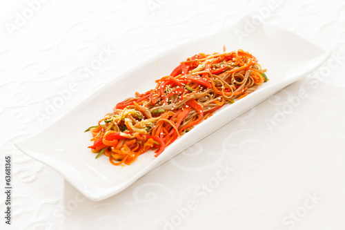 noodle with vegetables
