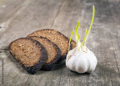Black bread and garlic
