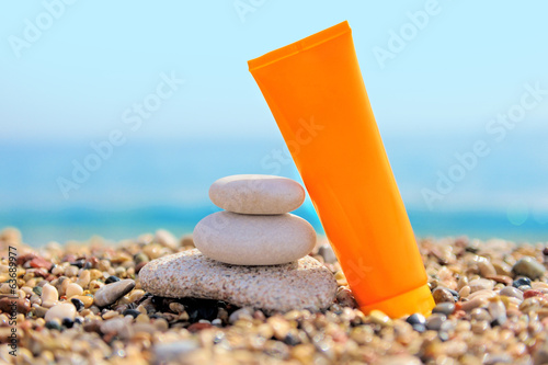 Stack of pebbles and cream