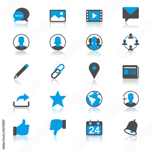 social network flat with reflection icons