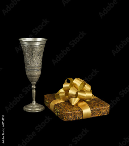 The silver goblet and the gift