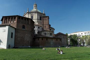 Milano - Basilica San Lorenzo Maggiore - Parco delle Basiliche