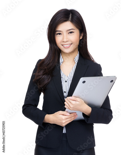 Asia businesswoman with laptop