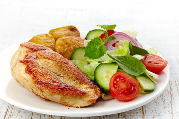 roasted chicken fillet and vegetable salad