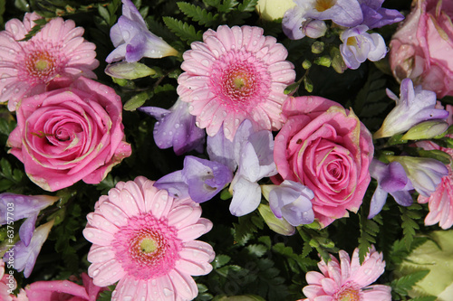 Bridal flowers in pink and lilaq