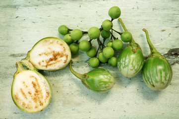 Green Tomatoes on wooden table