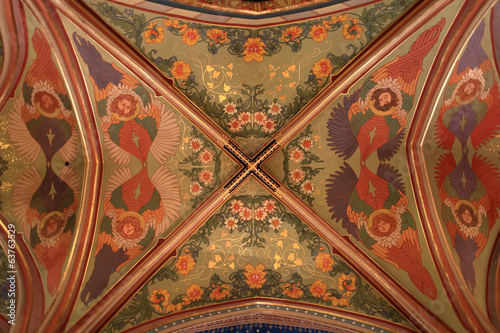Patterned ceiling