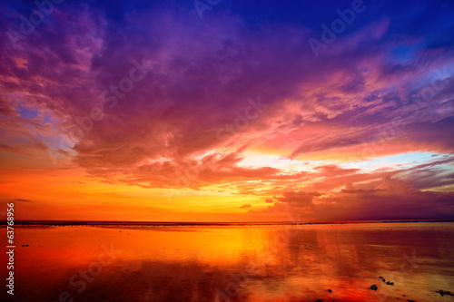 Keuken foto achterwand Strand Sunset over Bali as seen from Gili island, Indonesia