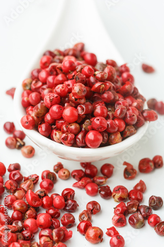 Pink peppercorns-pepe rosa