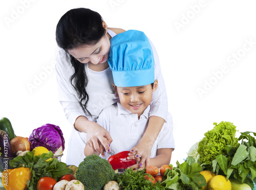 Little chef learn to cook