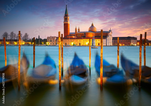 Papiers peints Gondoles Sunset in Venice. Italy