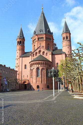 Leinwanddruck Bild Mainzer Dom, Ostseite (April 2014)
