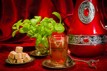 Traditional Arabic mint tea