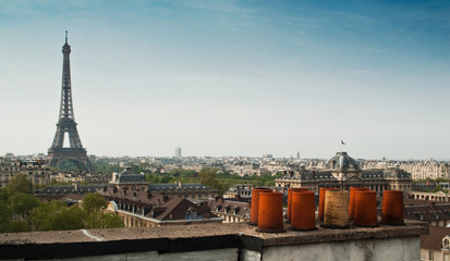 panorama toits de Paris et tour Eiffel