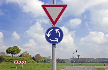Vorsicht Kreisverkehr
