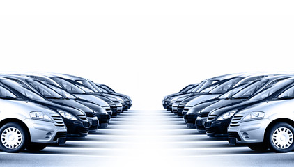 Viele Fahrzeuge © Thaut Images