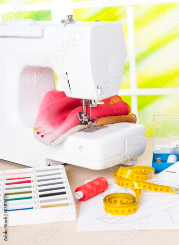 Sewing machine and sewing accessories
