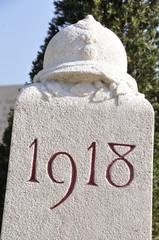 Stèle au Cimetière militaire du Faubourg-Pavé