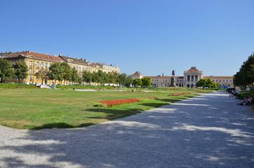 Tomislavov trg, giardini pubblici di Zagabria