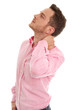 Mann freigestellt hat Schmerzen im Nacken