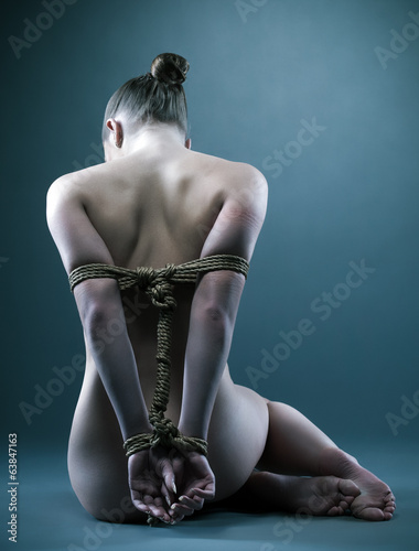 Fotobehang Akt Nude woman with shibari in studio