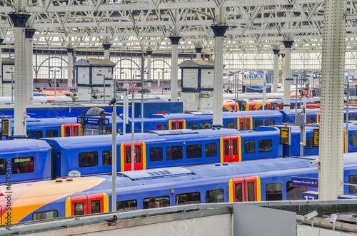 Fotobehang Treinstation trains at waterloo station, london, uk