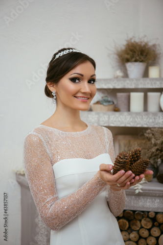 Portrait of bride with deal apple