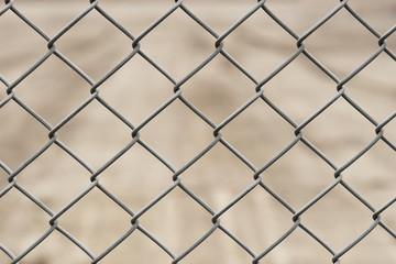 Zaun aus Maschendraht - Maschendrahtzaun - verzinkt