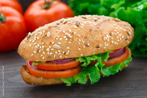 Fresh vegetable sandwich