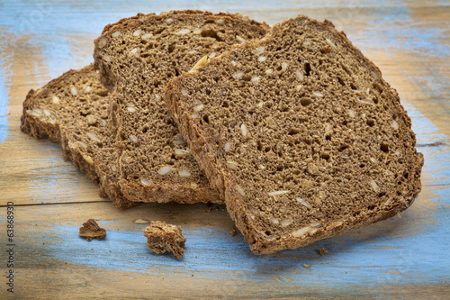 slices of dark rye bread