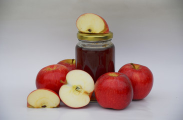 Apples with apple jelly