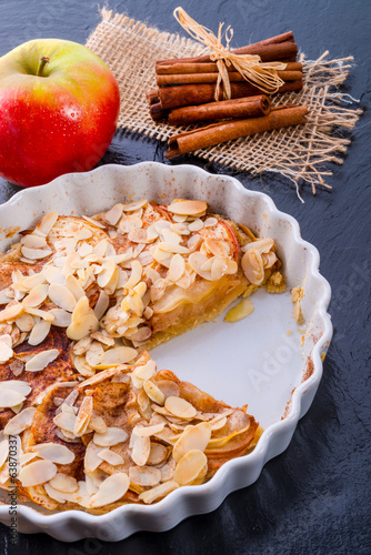 apple tart with zimt