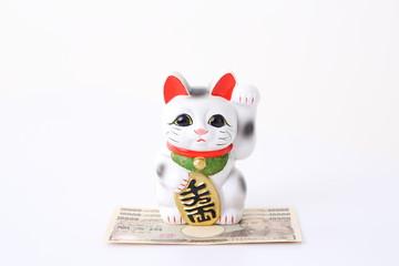 お金と招き猫