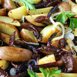 potatoes with mushrooms and onions