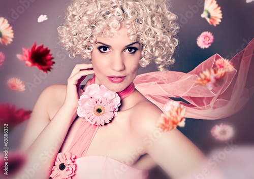 fashion 01-girl with curly blond hair