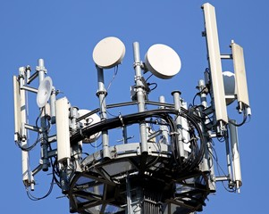 antennas for signal repetition of mobile telephony and televisio