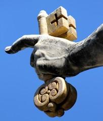hand of san pietro in Vatican City keeps in his hand the Golden