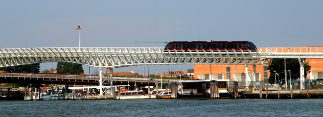 Monorail to transport tourists